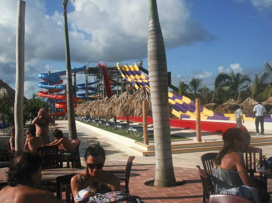 Sirenis Punta Cana Resort Casino & Aquagames: Aquapark Located in the hotel complex