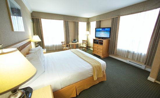 Quality Inn Downtown Inner Harbour : King Corner Room