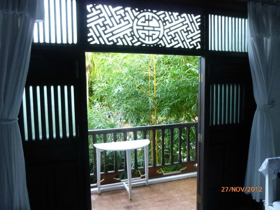 Hoi An Ancient House Resort & Spa: looking out of the room