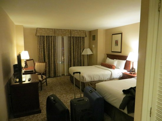 Monte Carlo Resort & Casino: room