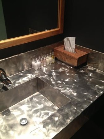 Emerald Lake Lodge: change room sink