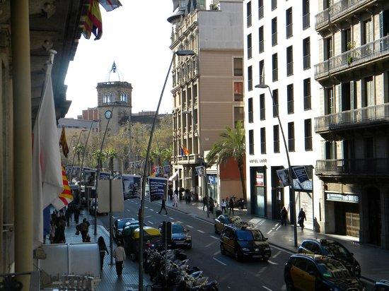 Lleo Hotel: Vista dal balconcino