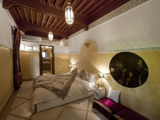Riad du Rabbin : Climatized Guestroom with En Suite Bathroom