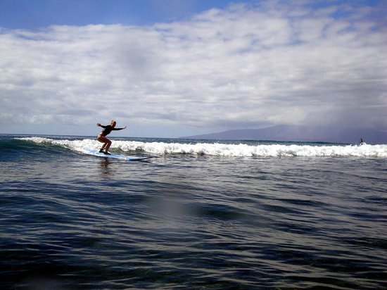 Soul Surfing Maui: 1st surfing lesson ever;]