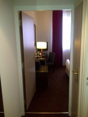 Kyriad Prestige Paris Ouest Boulogne : .
