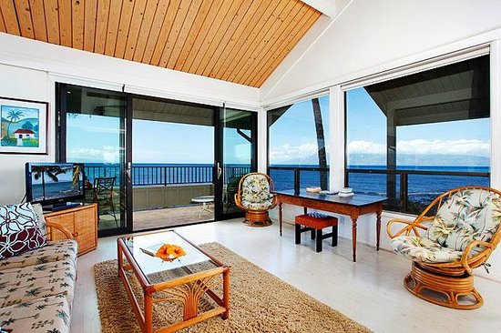 Kahana Village: Great Ocean Views from our 2 Bedroom Units