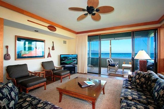 Kahana Village : Our 3 Bedroom Units are Spacious and Offer Great Views!