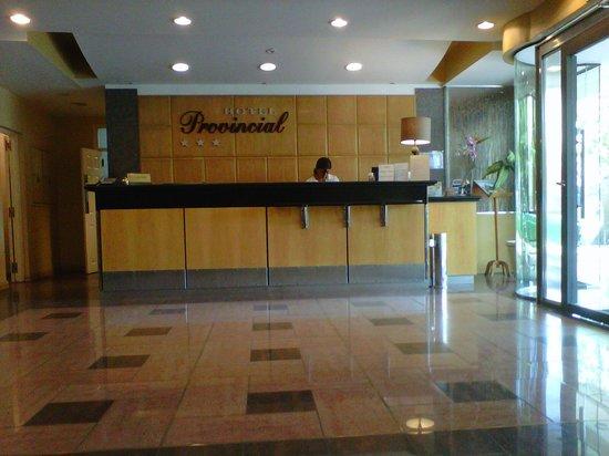 Hotel Provincial: Linda recepcion