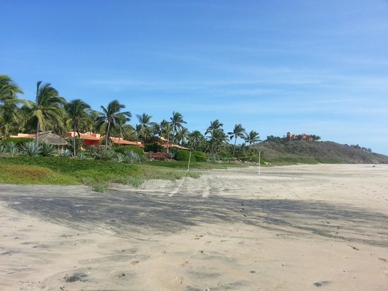 للاس ألامانداس:                   Beachfront Villas                 