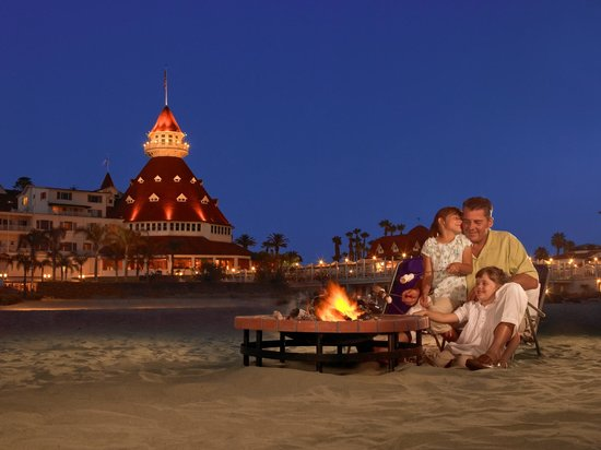 Hotel del Coronado: Private Beach Bonfire with S'mores