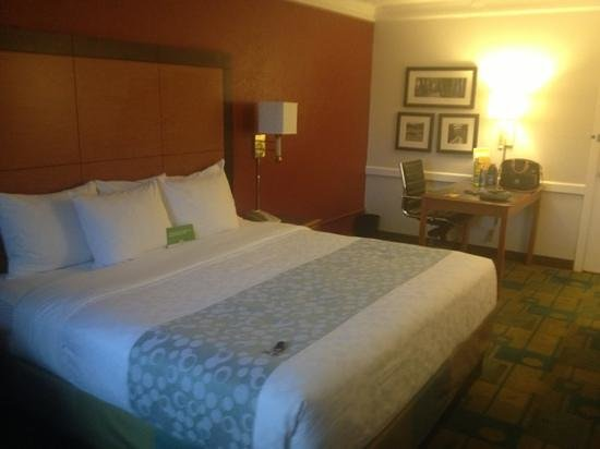 La Quinta Inn Denver Central:                   love staying here