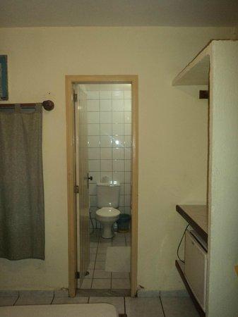 Marlim Porto Hotel:                   Vista da Entrada do Banheiro