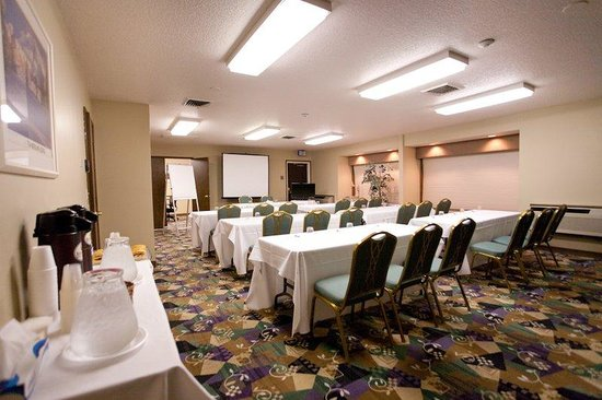 Motel 6 Clackamas: Mt. Hood Meeting Rm