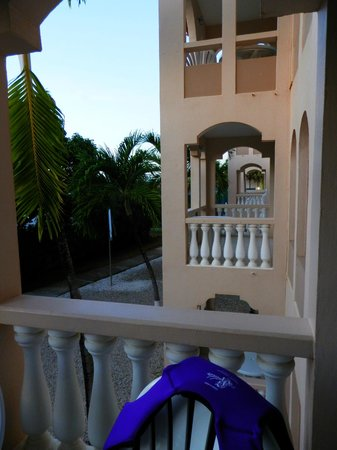 Caribbean Palm Village Resort: Porch View