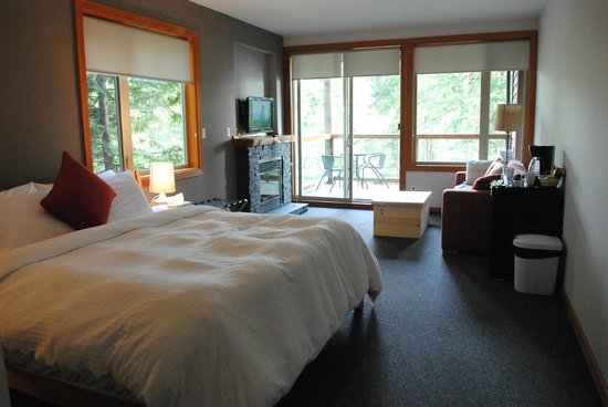 The Cabins at Terrace Beach: our room