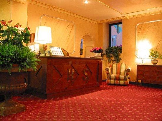 Leonardi Sistina Hotel: Lobby View
