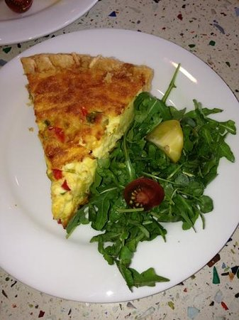 Patisserie Vero Beach: Freshly made quiche. Fluffy and melts in your mouth.
