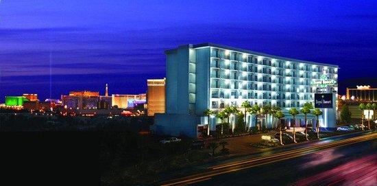 Royal Resort: Exterior View