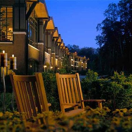 The Lodge at Woodloch: Exterior