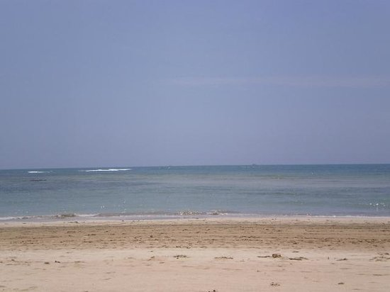 Quarta Praia : la playa, aguas tibias y transparentes de poca profundidad
