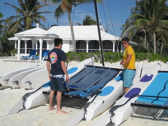 Cape Santa Maria Beach Resort & Villas: Catamaran launch