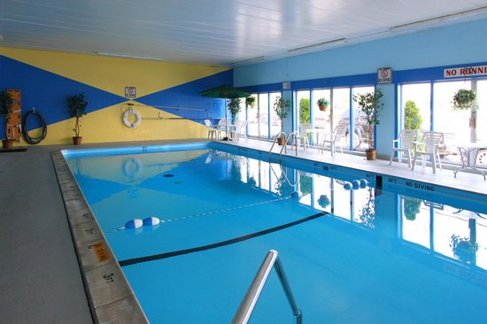 Hyannis Holiday Motel : Take a relaxing swim in our indoor pool.