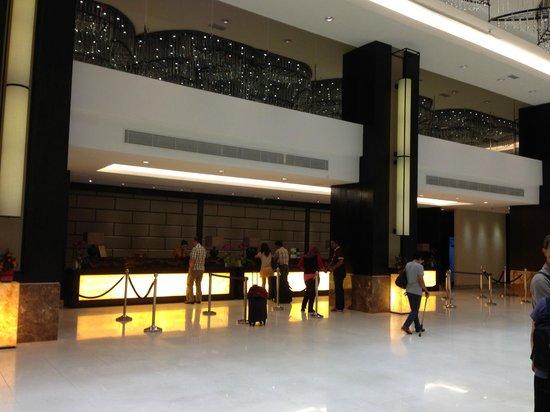 Hatten Hotel Melaka: Reception Area