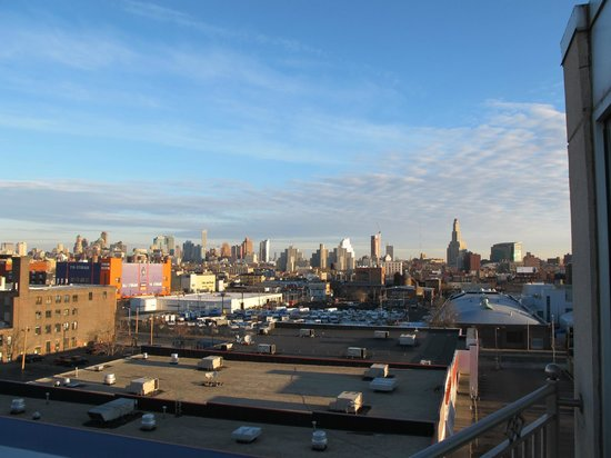 Hotel Le Bleu:                   Manhattan-Brooklyn Skyline