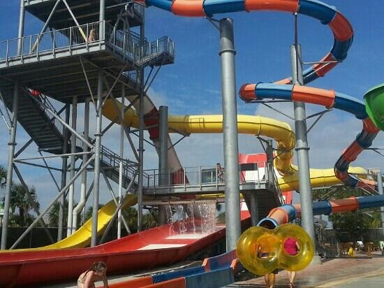Coco Key Hotel and Water Park Resort:                   big slides