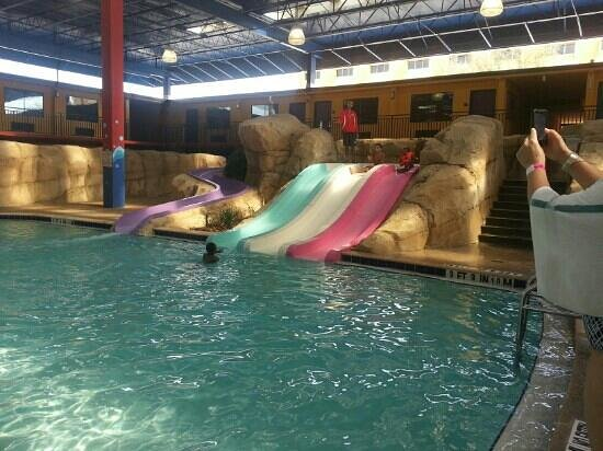Coco Key Hotel and Water Park Resort:                   3ft