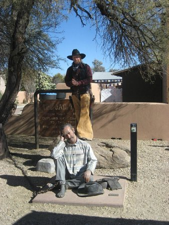 Wickenburg Legends and Ghost Tours:                   Raze'n Caine raising cain.