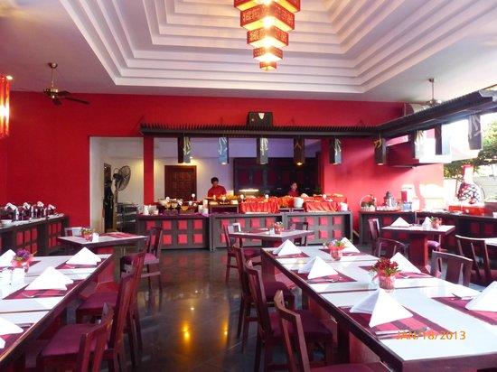Memoire d' Angkor Boutique Hotel:                   Restaurant - venue of buffet breakfast
