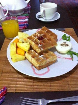 Clove Garden Kandy City:                   breakfast