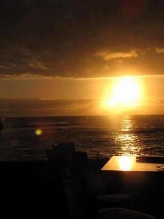 Sheraton Kauai Resort :                   Sunset in January