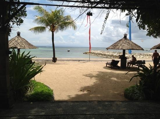 Matahari Terbit Bali Deluxe Bungalows:                   вид на океан