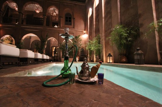 Riad Noir d'Ivoire :                   Hookah and Morrocan Mint tea with heated pool!