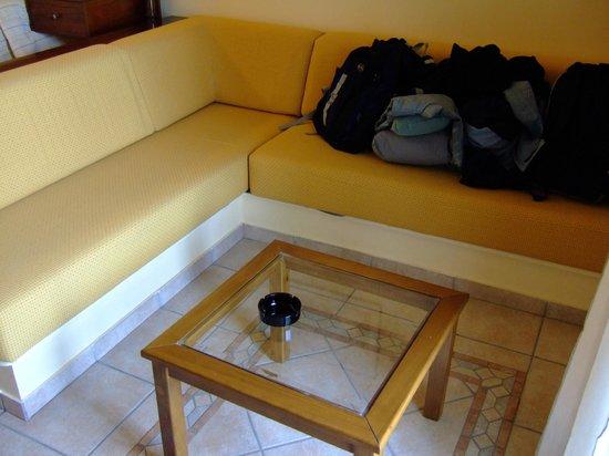 Hotel Europa Olympia:                   Couch