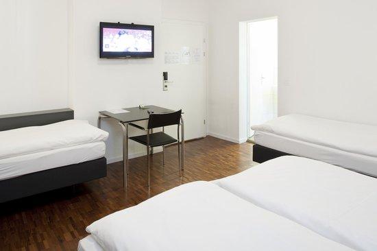 Hotel Hottingen: 4 Bett-Zimmer