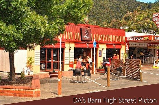 DA's Barn Restaurant & Bar: Great place to dine