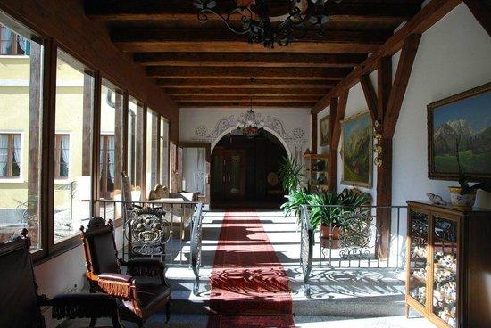 Hotel Bad Serneus : Bad Serneus Kurhotel  |  Badstrasse 16, Klosters 7249, Schweiz