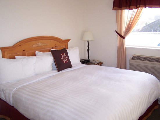 Sunrise Inn Villas And Suites : king villa