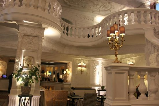 St. Ermin's Hotel, Autograph Collection : hotel lobby