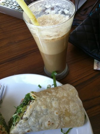 Zen Cafe : coffee and falafel