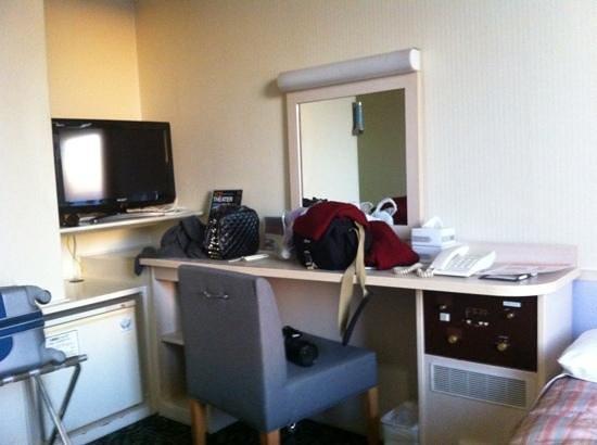 Comfort Hotel Hakata: 세미더블룸