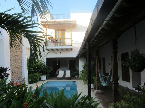 Bioma Boutique Hotel Mompox: l'agréable patio de l'hôtel.