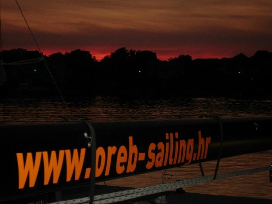 Oreb Club Sailing & Windsurfing School Center: sunset