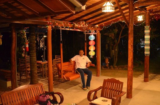 Home Paradise Resort Tak:                   The owner