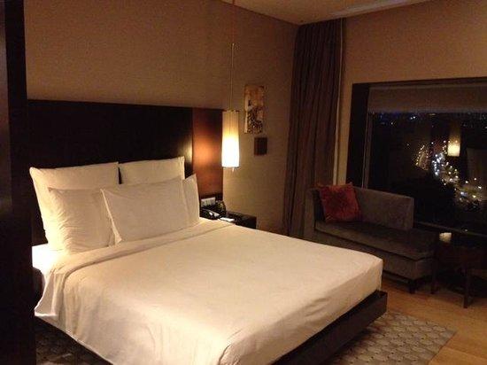 Hilton Kuala Lumpur:                   Bed