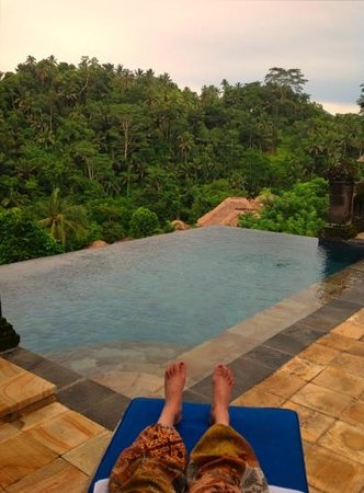Puri Wulandari Boutique Resort:                   Villa infinity pool