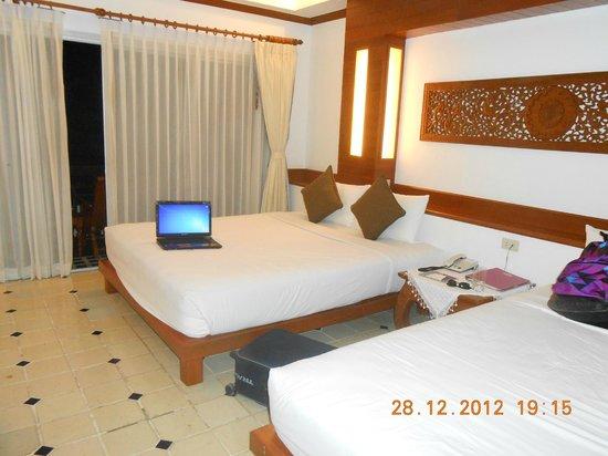 Chaweng Cove Beach Resort: Kamar tempat kami menginap